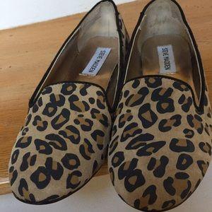 Steve Madden CLASIC leopard print gently worn VGUC